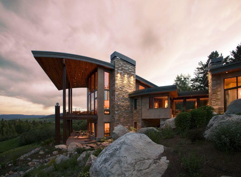 MOUNTAIN ARCHITECTURE YEAR IN REVIEW: AN ART FORM OF COMPROMISE