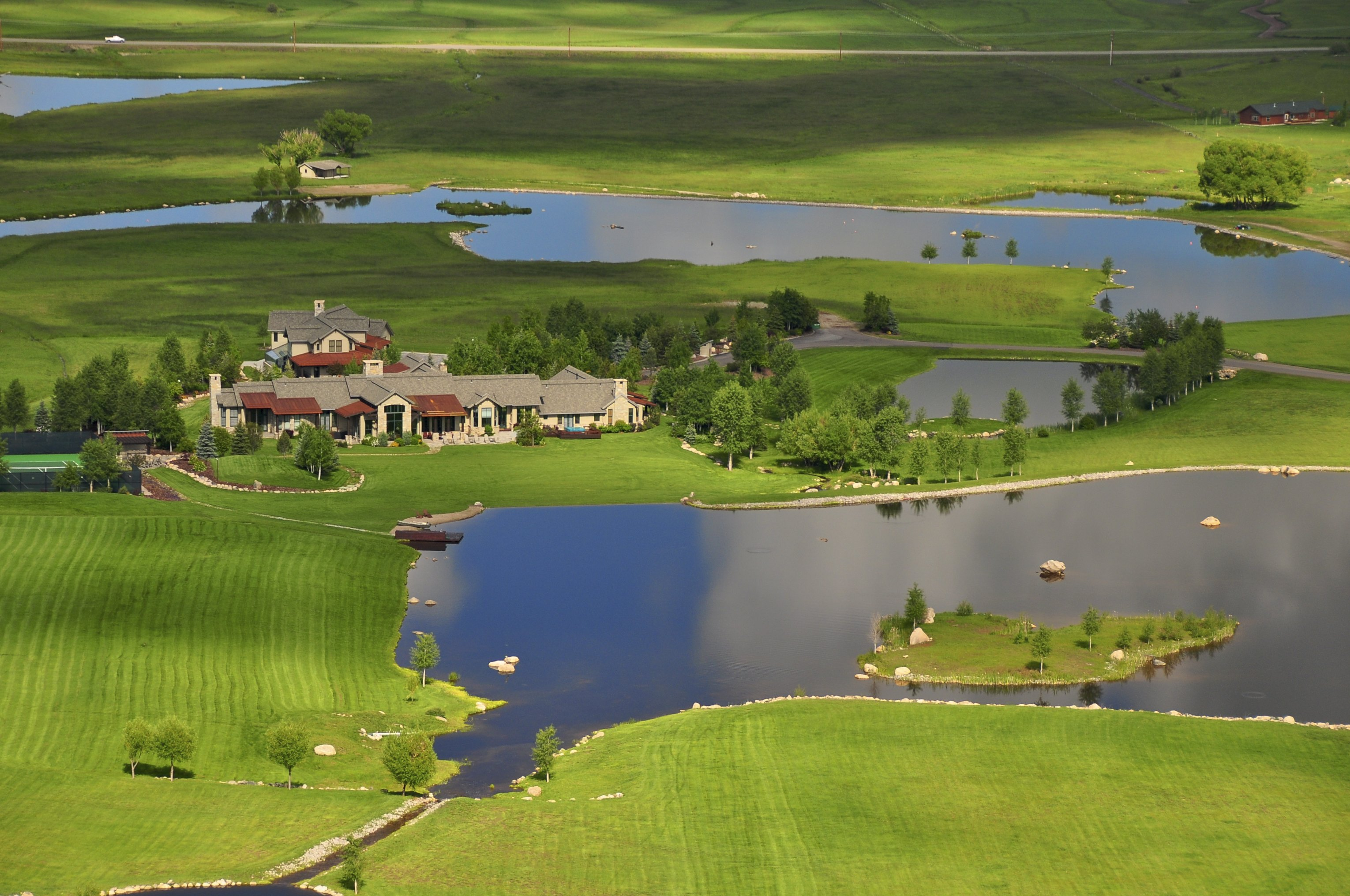 WILDFLOWER MEADOWS – SPECTACULAR ESTATE OFFERED FOR SALE