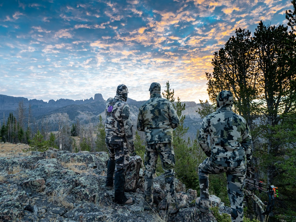 ON THE HUNT: EVERYTHING YOU NEED TO KNOW ABOUT HUNTING IN COLORADO