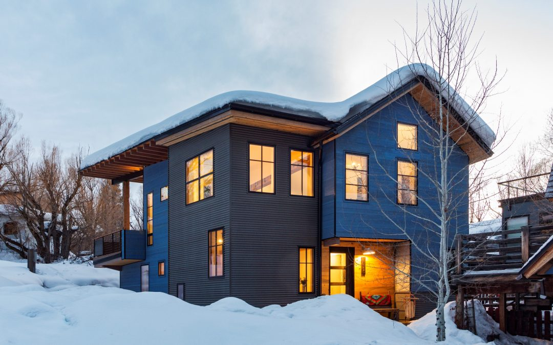 COVERING IT UP: ROOF DESIGN FOR THE SNOW COUNTRY