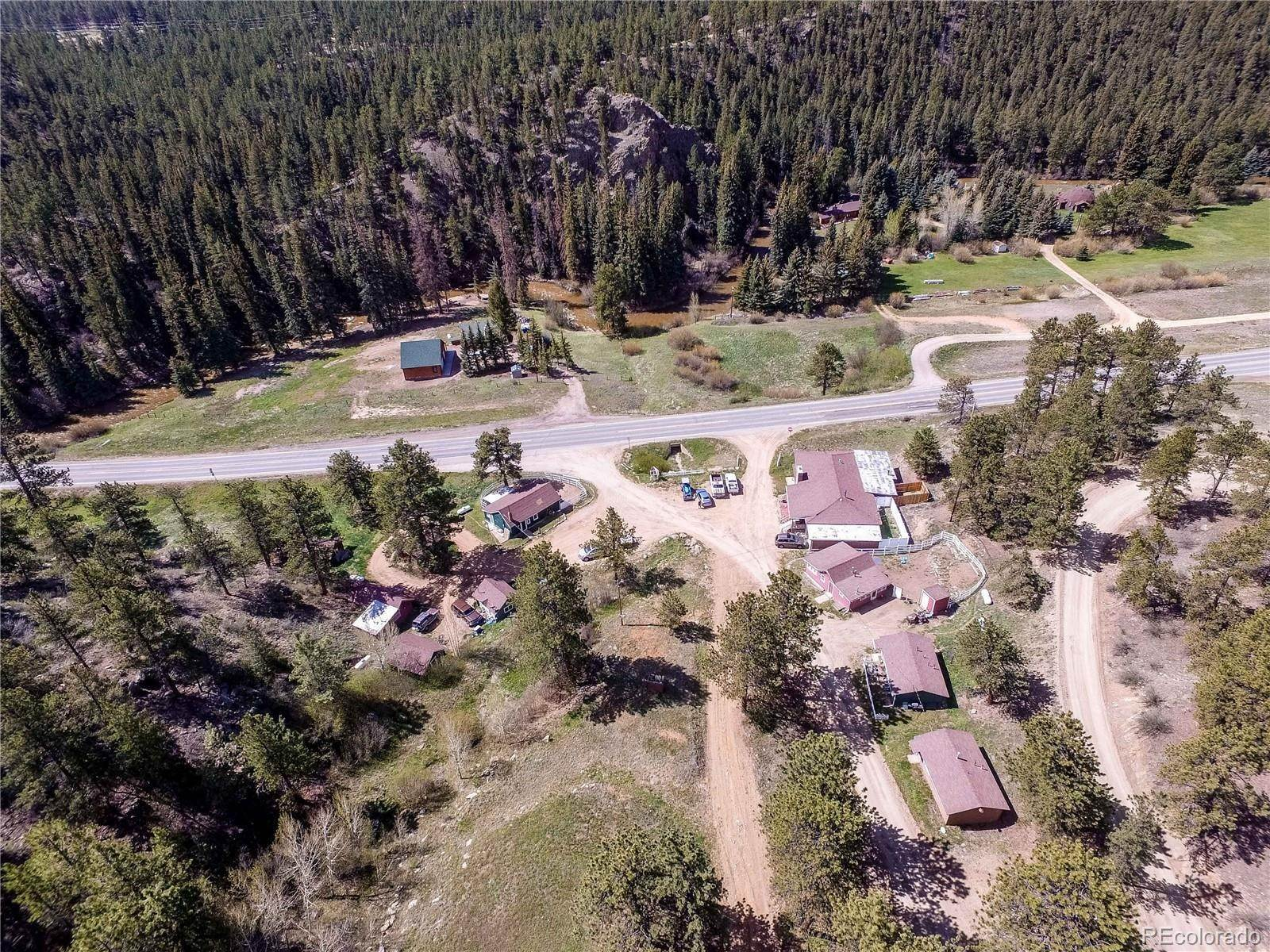 Single Family Homes pour l Vente à 58415 US Highway 285 Bailey, Colorado 80421 États-Unis