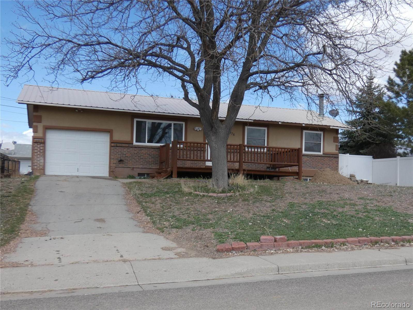 Single Family Homes por un Venta en 276 Middle Street Rangely, Colorado 81648 Estados Unidos