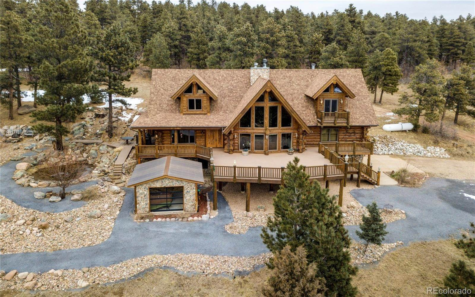 Single Family Homes pour l Vente à 8375 Old San Isabel Road Rye, Colorado 81069 États-Unis