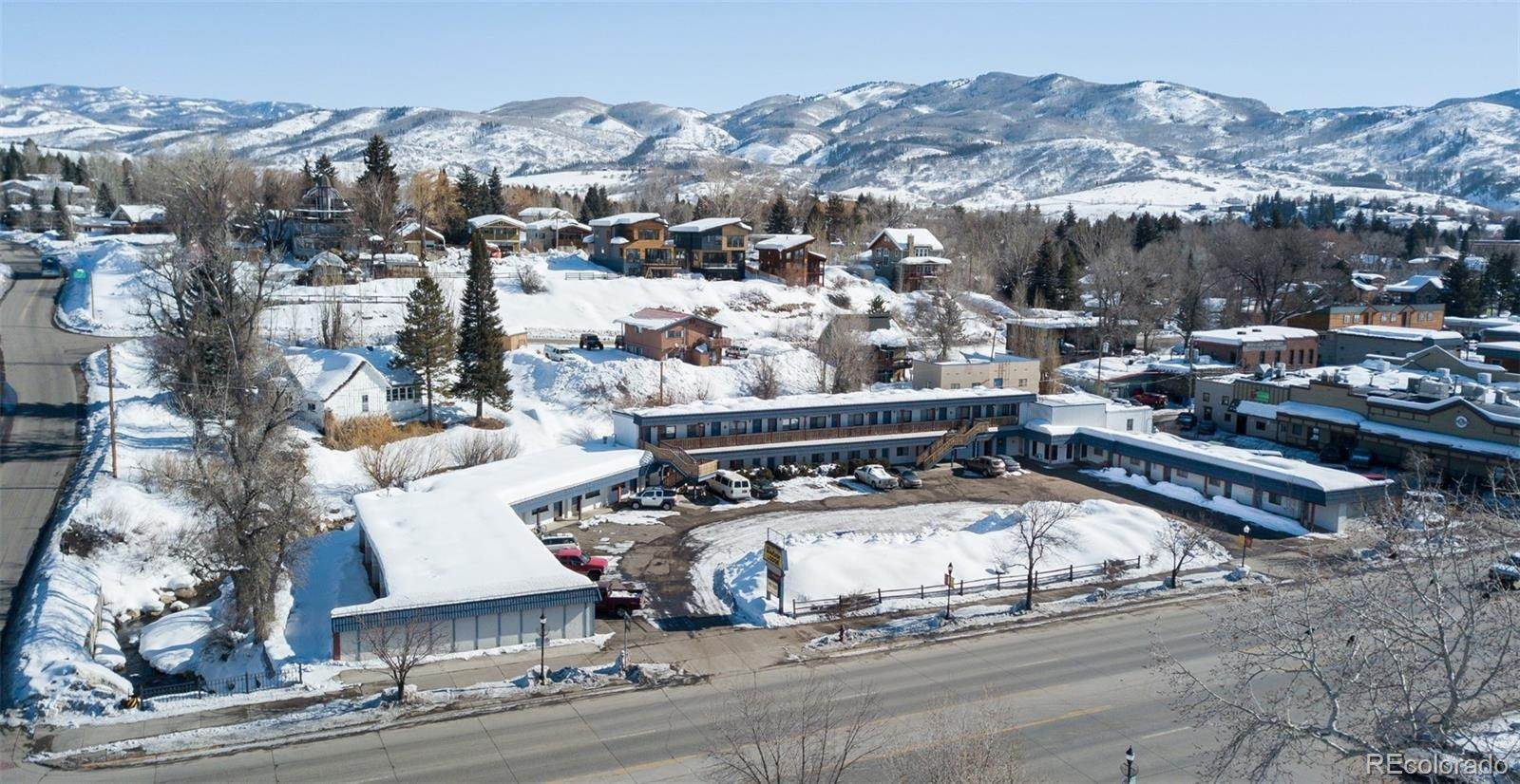 Comercial por un Venta en 1122 Lincoln Avenue Steamboat Springs, Colorado 80487 Estados Unidos