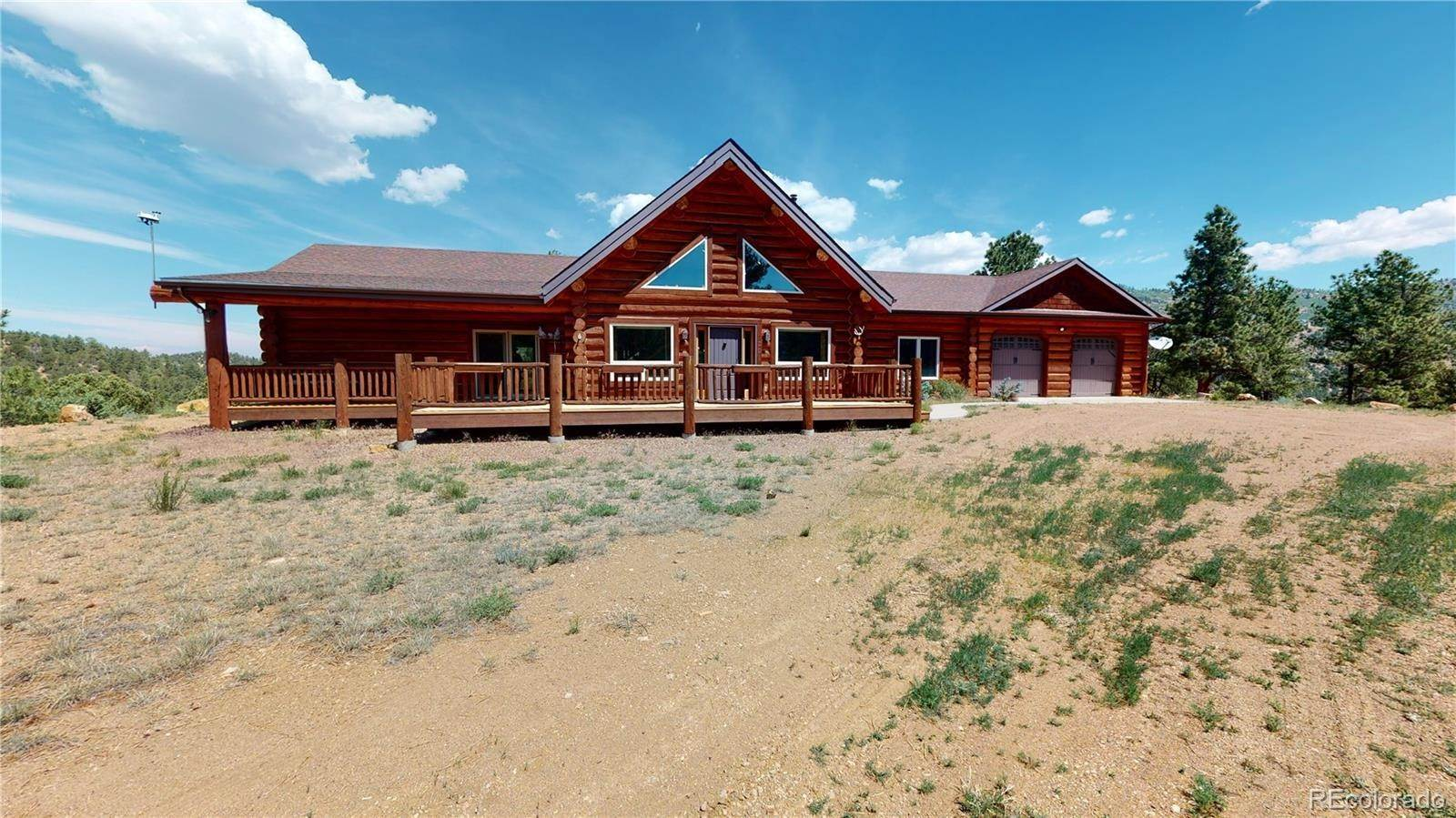 Single Family Homes pour l Vente à 201 Buck Ridge Road Canon City, Colorado 81212 États-Unis