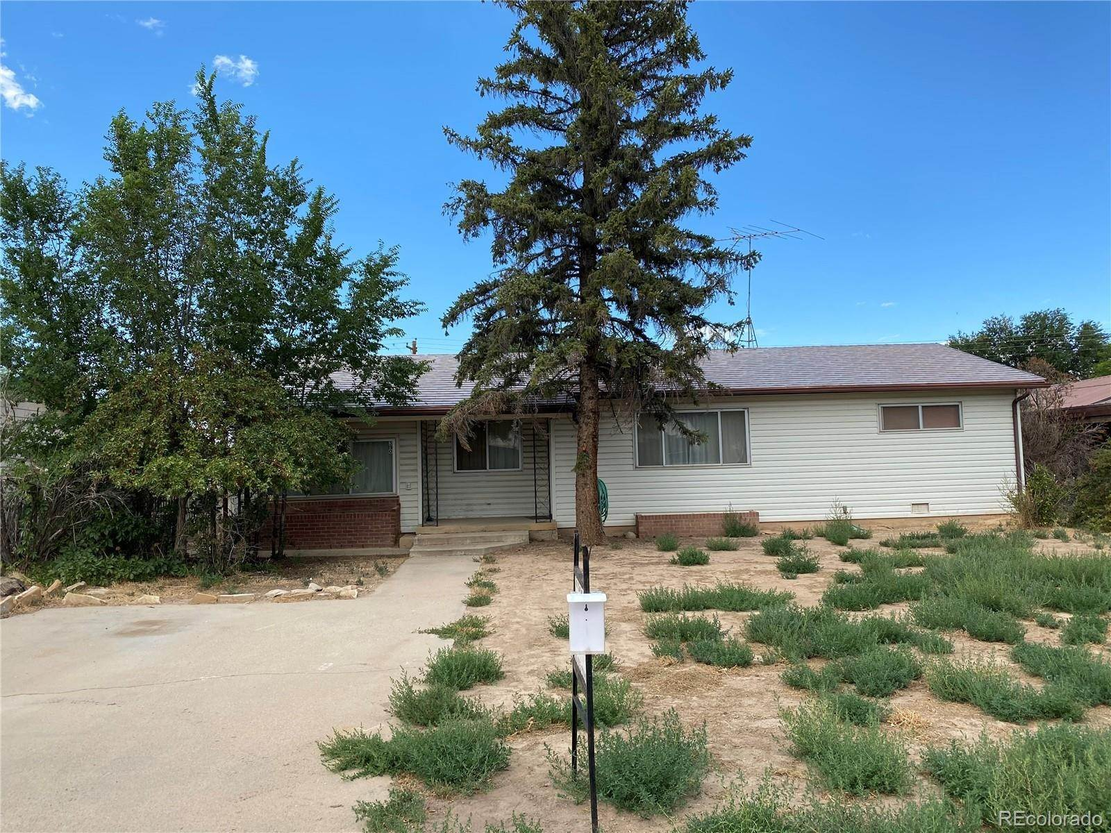 Single Family Homes por un Venta en 310 W Rio Blanco Avenue Rangely, Colorado 81648 Estados Unidos