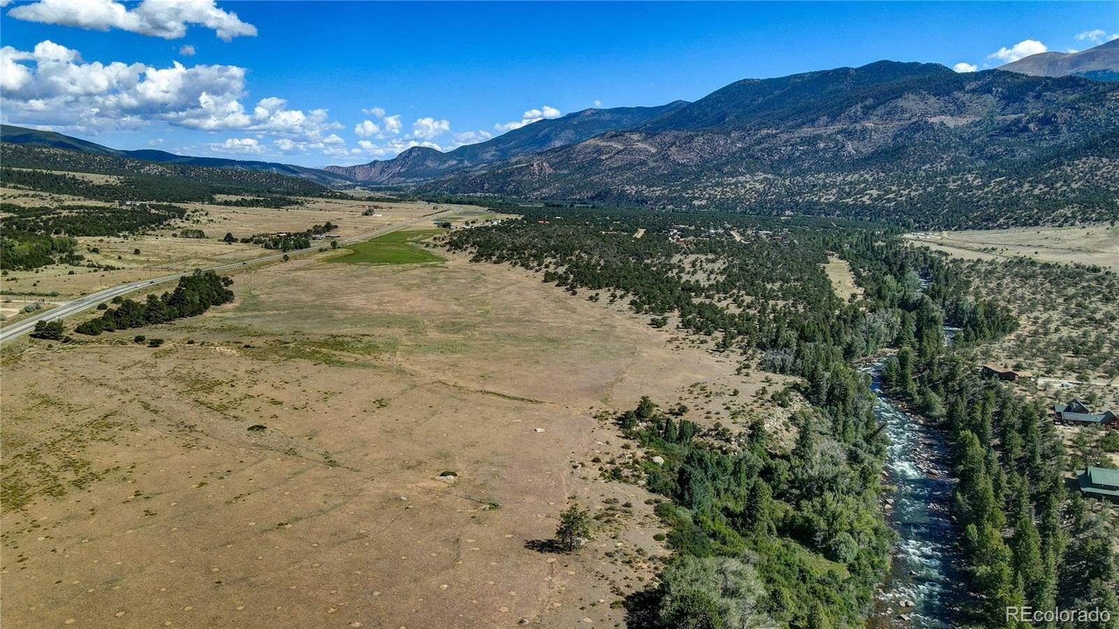 Granja por un Venta en TBD US Highway 24 Buena Vista, Colorado 81211 Estados Unidos
