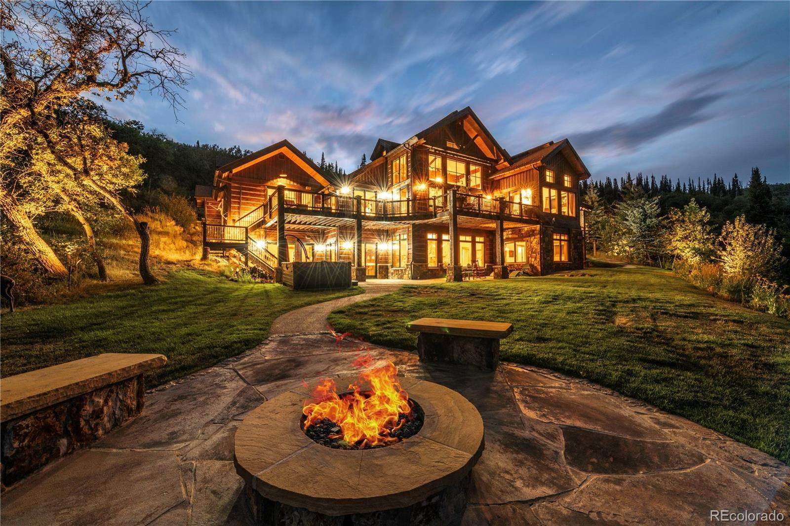 Single Family Homes pour l Vente à 31050 Sweetwater Drive Steamboat Springs, Colorado 80487 États-Unis