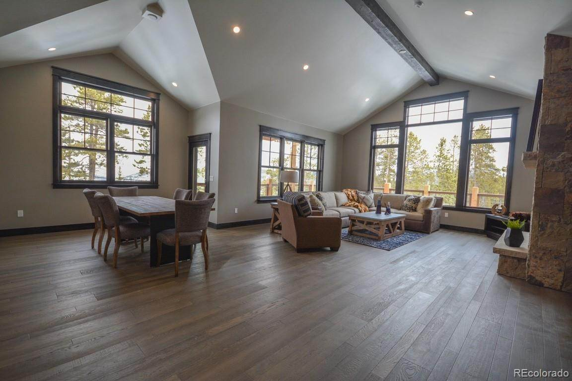 Single Family Homes pour l Vente à 106 Retreat Drive Breckenridge, Colorado 80424 États-Unis