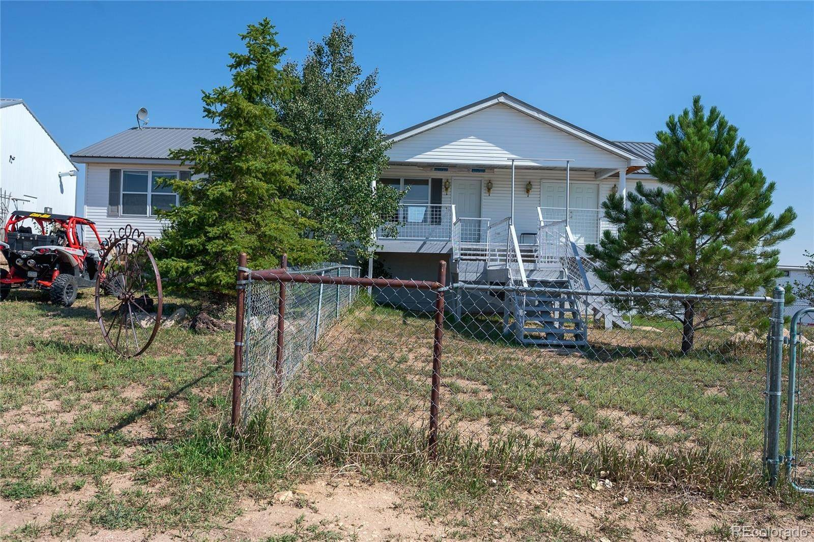 Single Family Homes 为 销售 在 Lot 11 Highway 86 Kiowa, 科罗拉多州 80117 美国