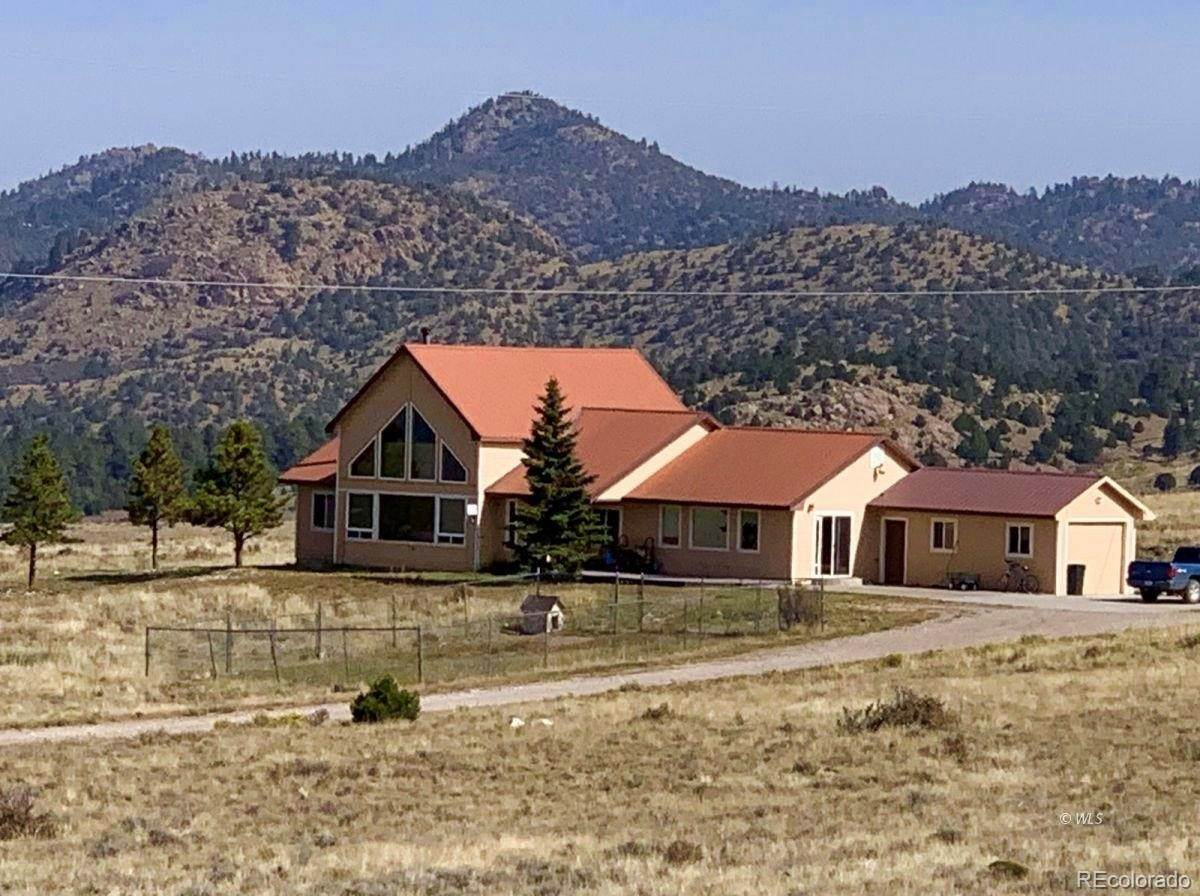 Single Family Homes for Sale at 114 Fairview Road Silver Cliff, Colorado 81252 United States