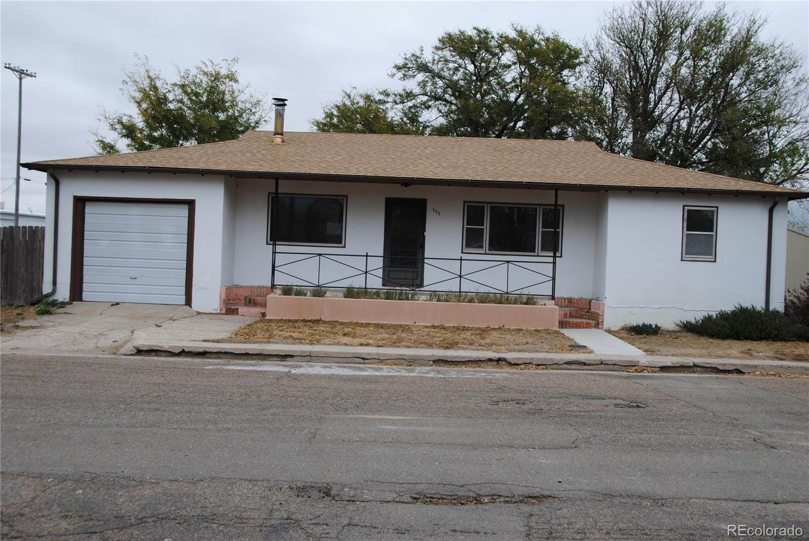 Single Family Homes 为 销售 在 111 Kansas Avenue Stratton, 科罗拉多州 80836 美国