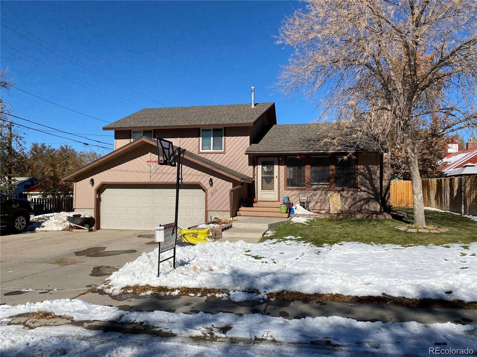 Single Family Homes por un Venta en 210 W Bell Street Rangely, Colorado 81648 Estados Unidos