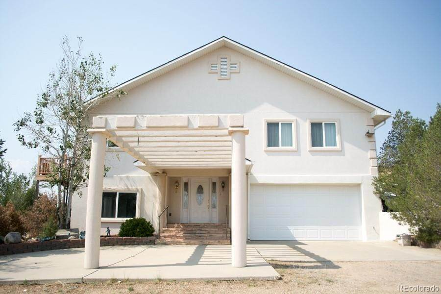 Single Family Homes pour l Vente à 420 E Indiana Avenue Walsenburg, Colorado 81089 États-Unis