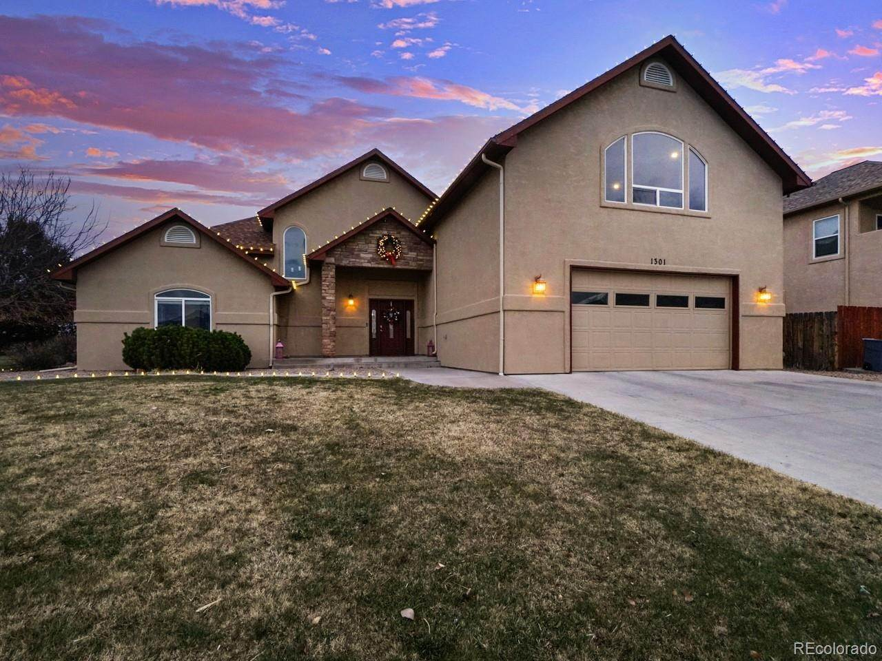 Single Family Homes pour l Vente à 1301 Monument Court Fruita, Colorado 81521 États-Unis