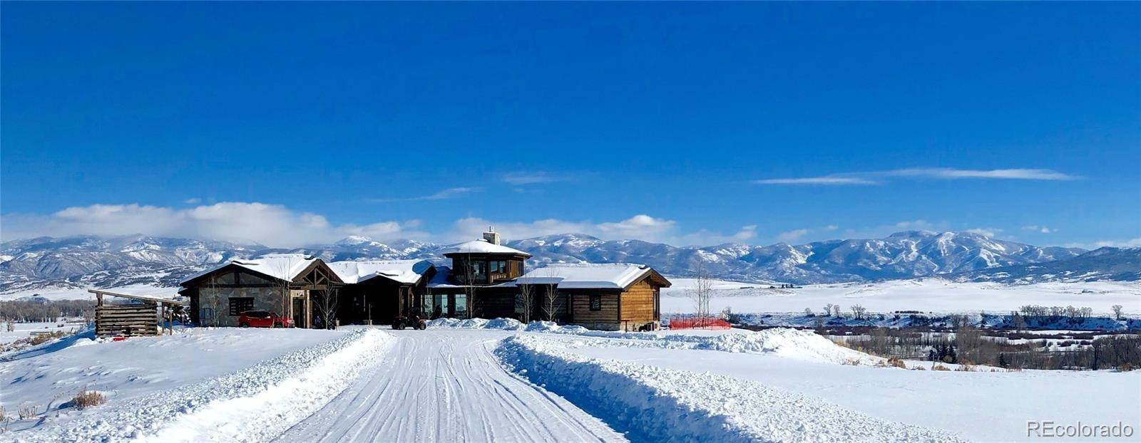 Single Family Homes pour l Vente à 24170 Way Out West Trail Steamboat Springs, Colorado 80487 États-Unis