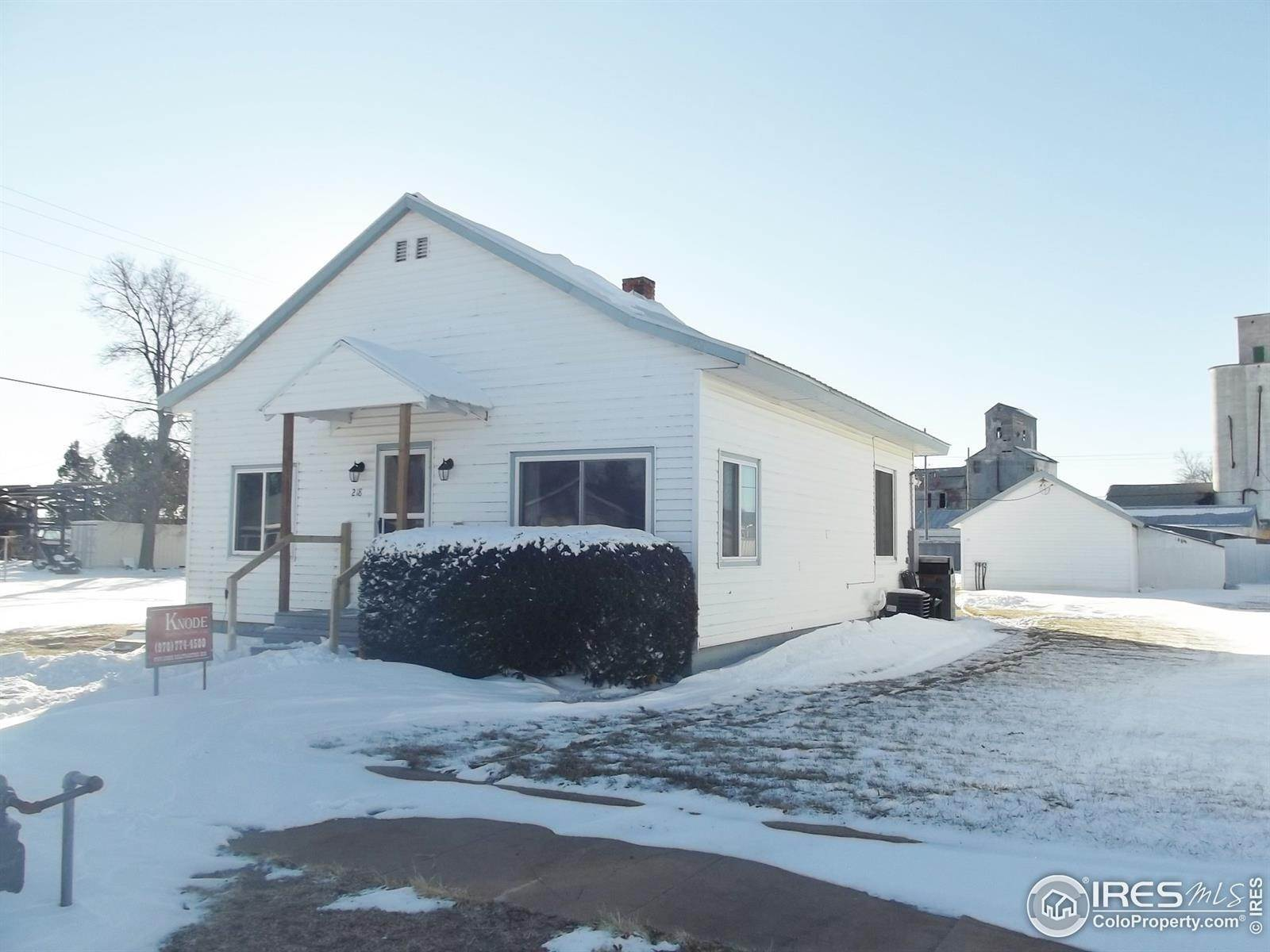 Single Family Homes por un Venta en 218 E Raymond Street Haxtun, Colorado 80731 Estados Unidos