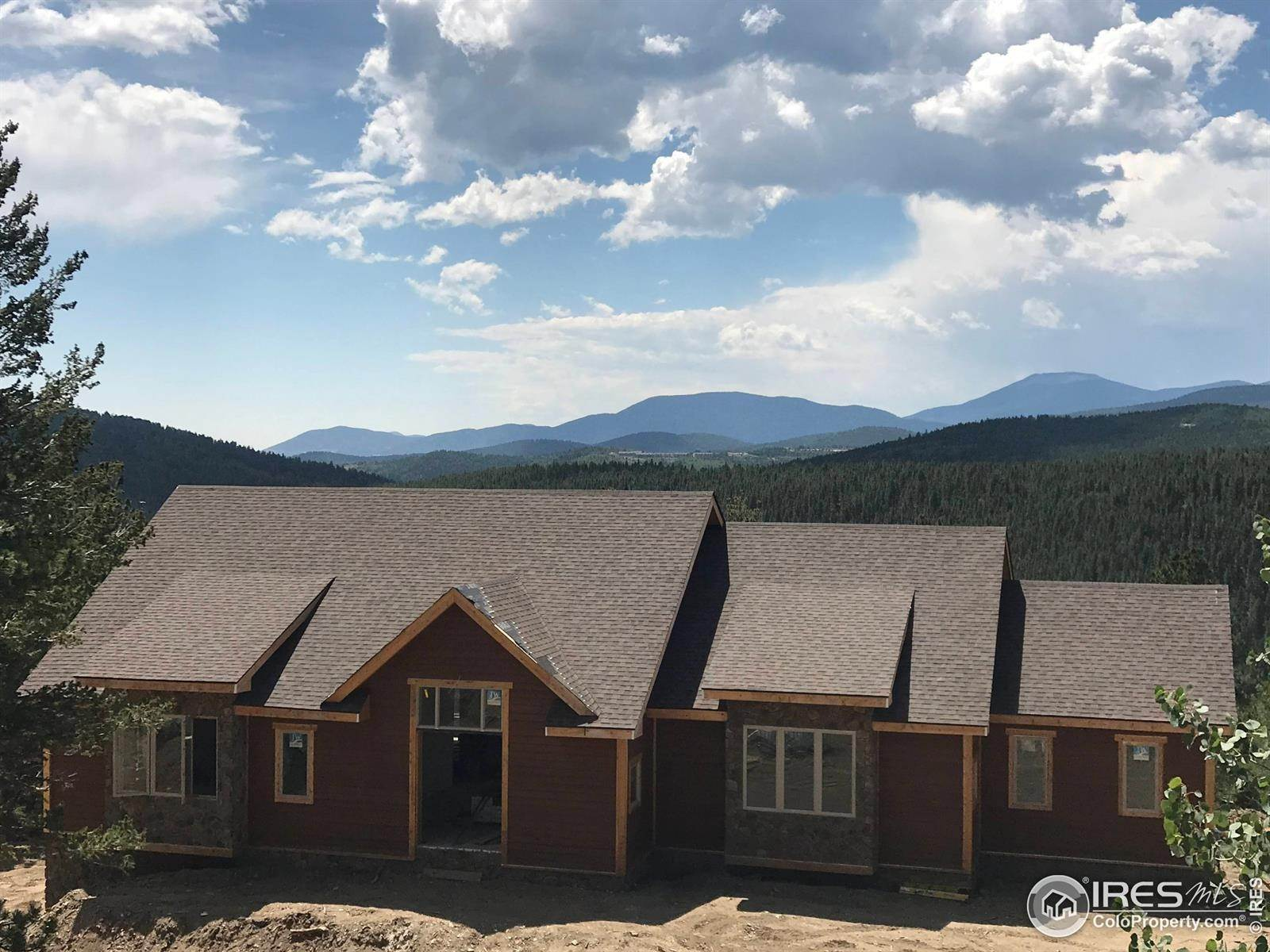 Single Family Homes por un Venta en 320 Pickle Point Black Hawk, Colorado 80422 Estados Unidos