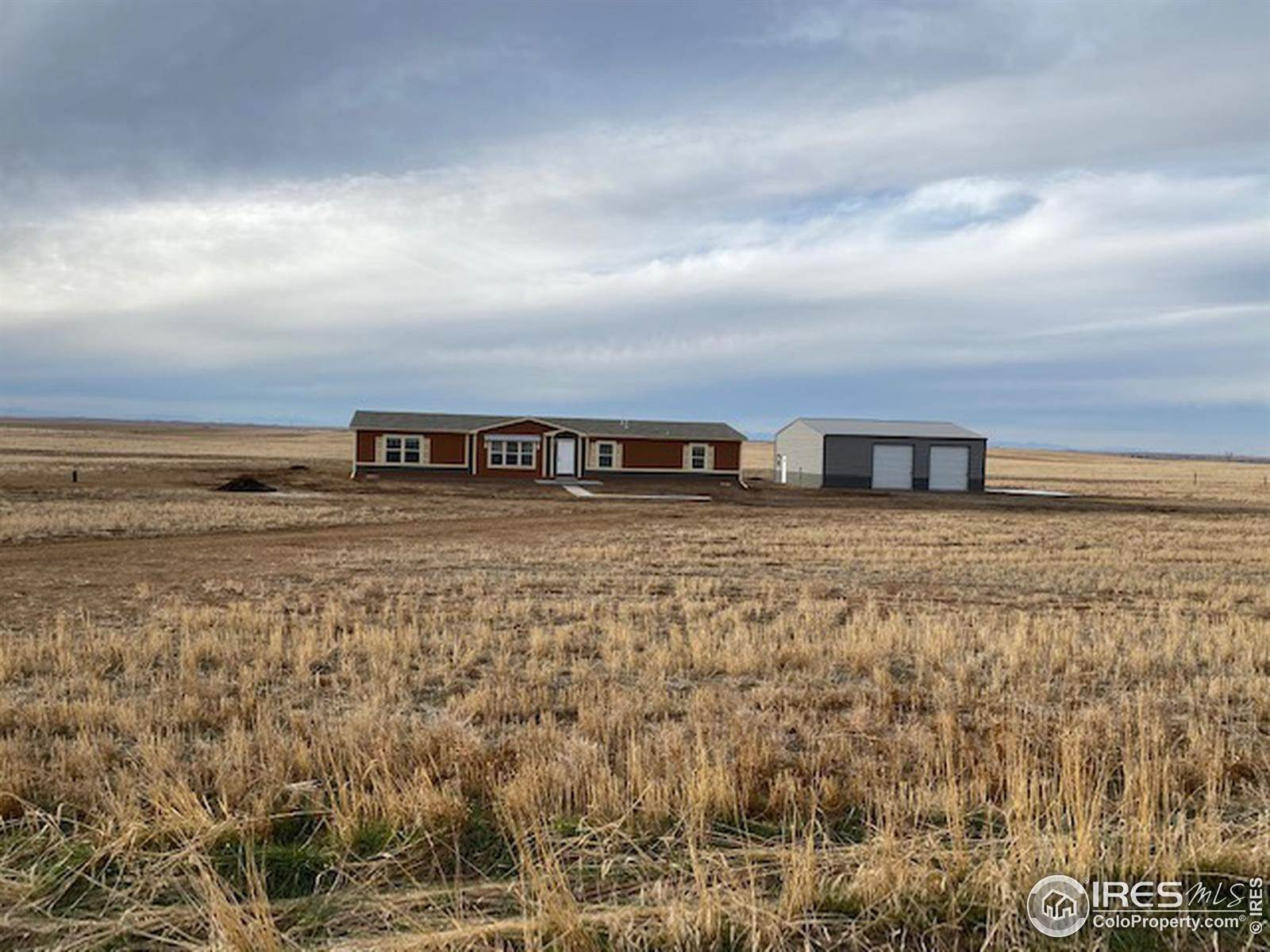 Single Family Homes for Sale at 125 County Road 67 Keenesburg, Colorado 80643 United States