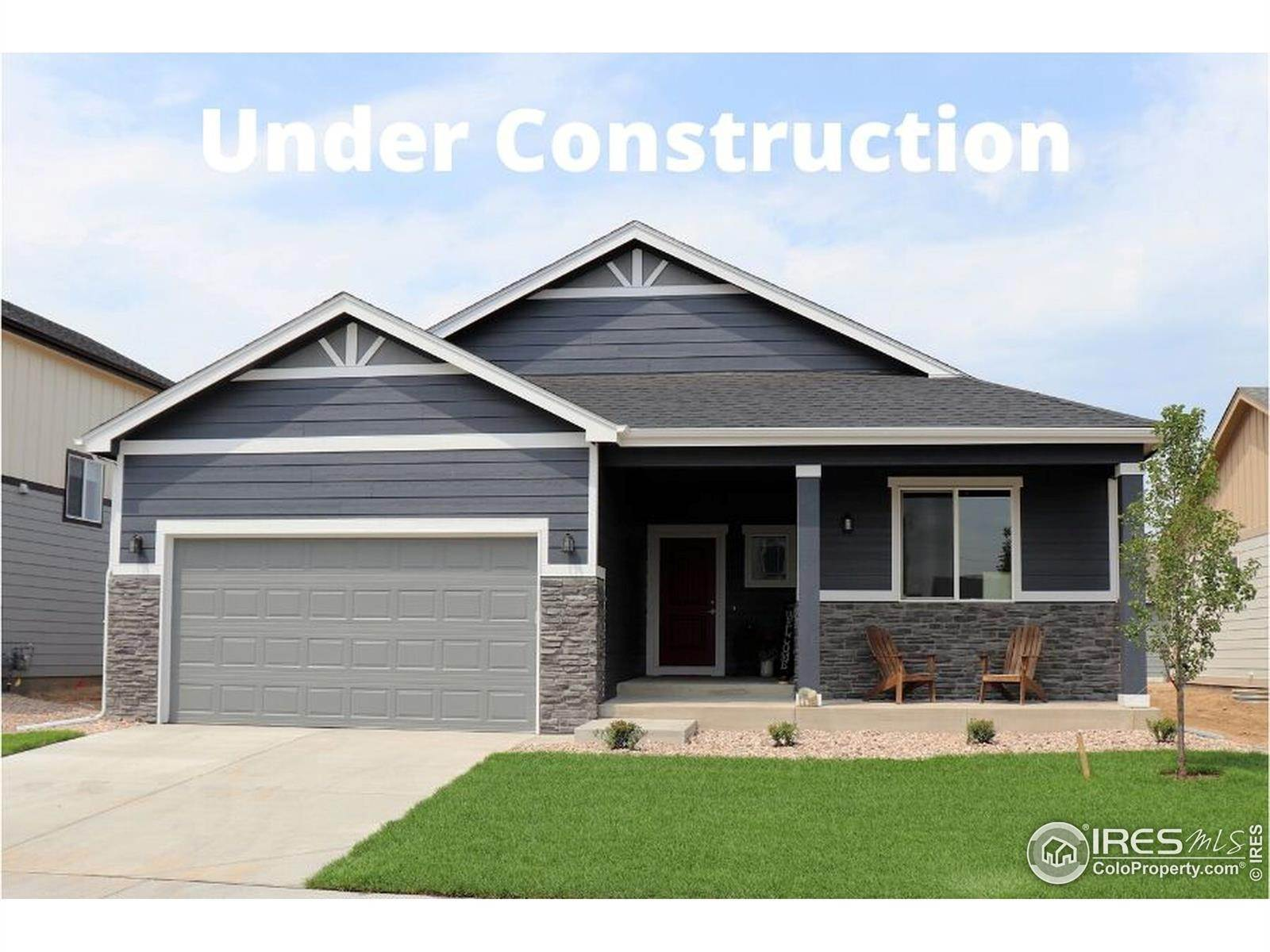 Single Family Homes pour l Vente à 1460 Sunfield Drive Milliken, Colorado 80543 États-Unis