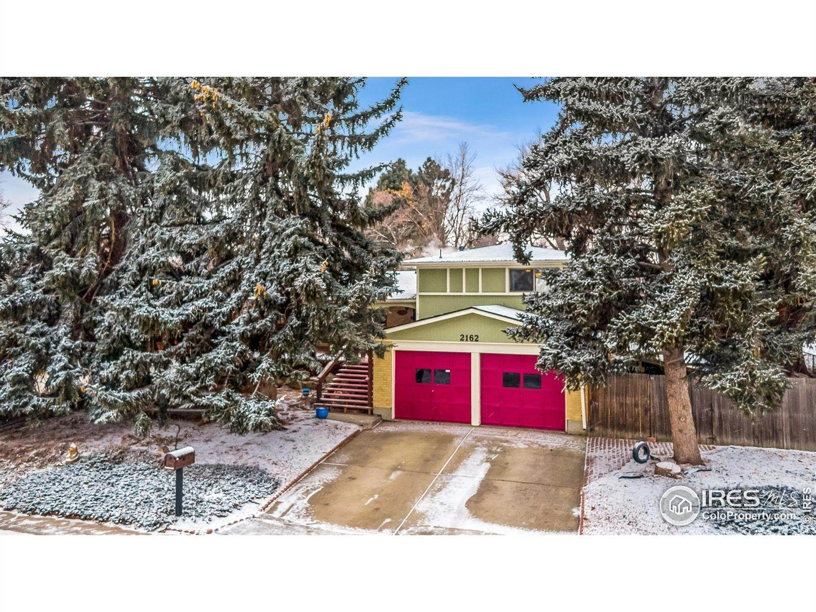 Single Family Homes por un Venta en 2162 Ura Lane Northglenn, Colorado 80234 Estados Unidos