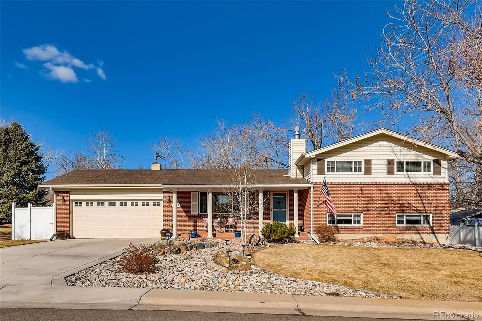 Single Family Homes por un Venta en 10567 Lipan Street Northglenn, Colorado 80234 Estados Unidos
