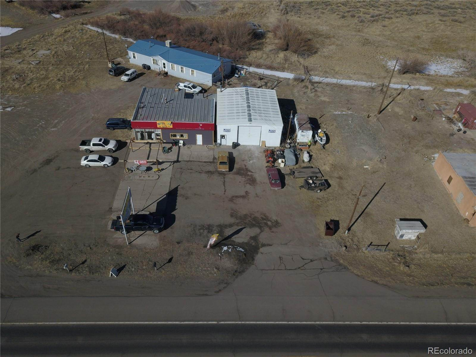 Commercial pour l Vente à 14687 US Highway 160 Del Norte, Colorado 81132 États-Unis