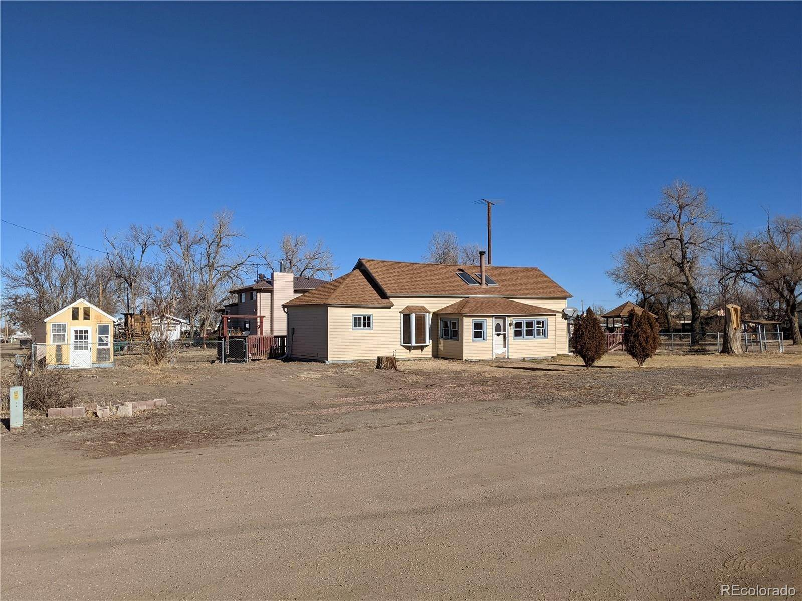 Single Family Homes for Sale at 375 Date Street Deer Trail, Colorado 80105 United States