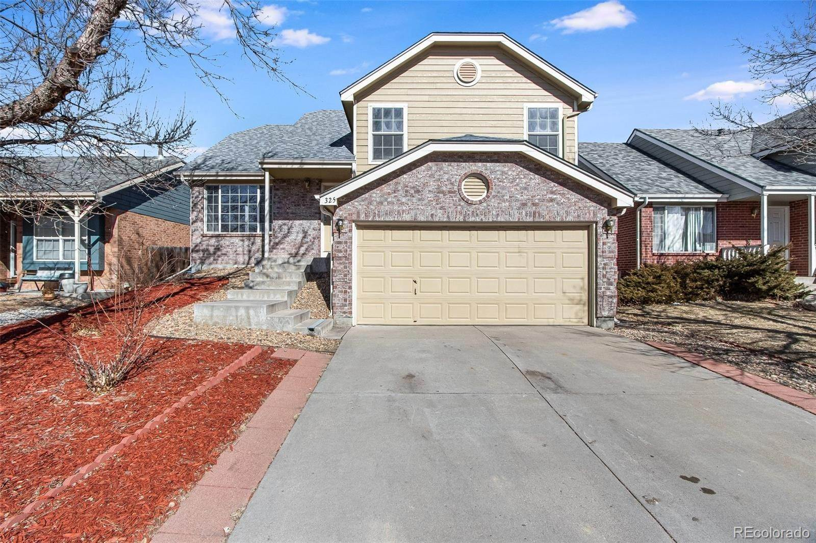 Single Family Homes por un Venta en 325 W 116th Avenue Northglenn, Colorado 80234 Estados Unidos