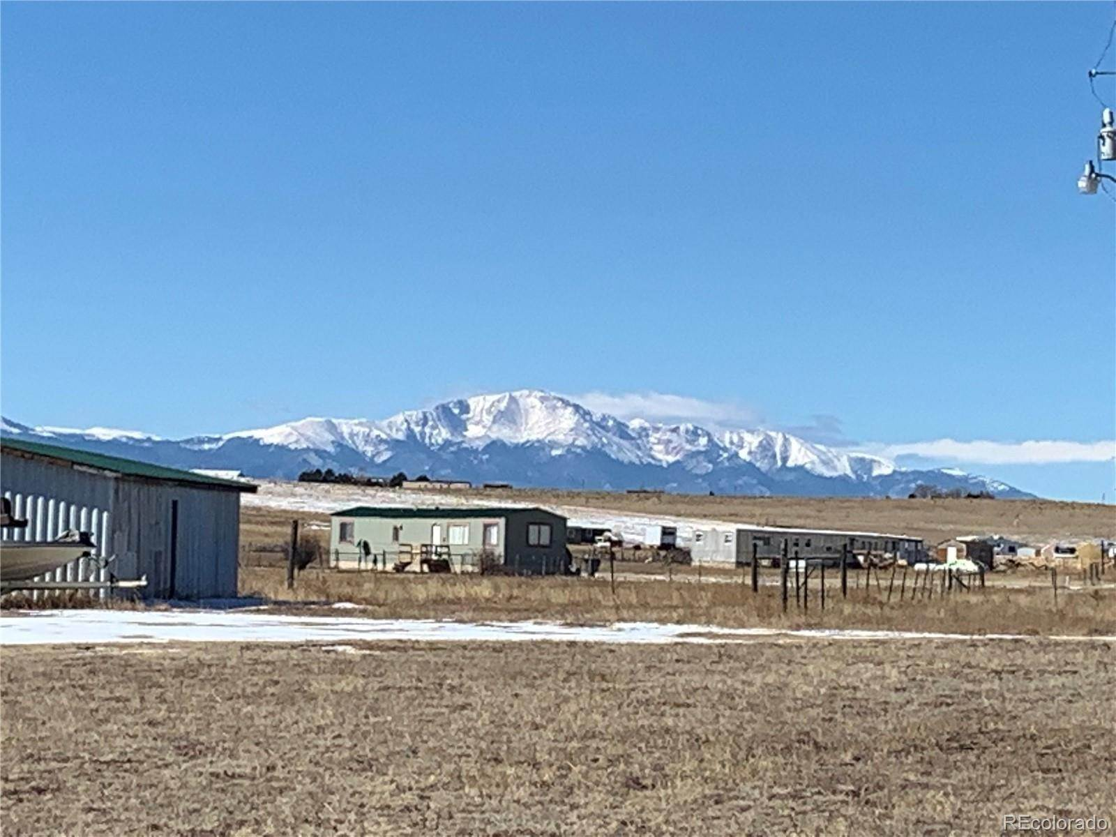 Single Family Homes pour l Vente à 4760 Murr Road Peyton, Colorado 80831 États-Unis