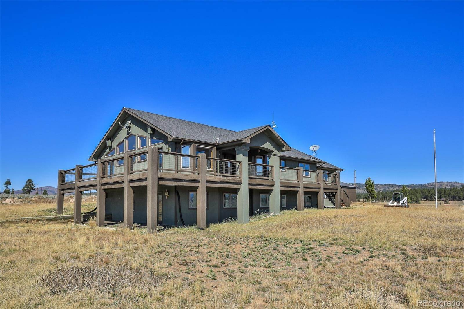 Single Family Homes pour l Vente à 384 County Road 519 Fraser, Colorado 80442 États-Unis