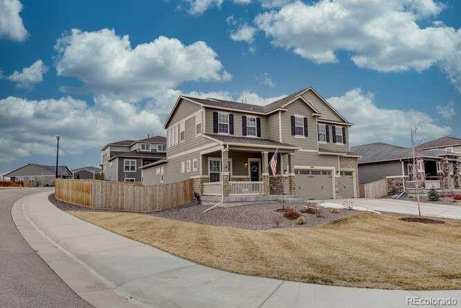 Single Family Homes for Sale at 4988 E 142nd Avenue Thornton, Colorado 80602 United States