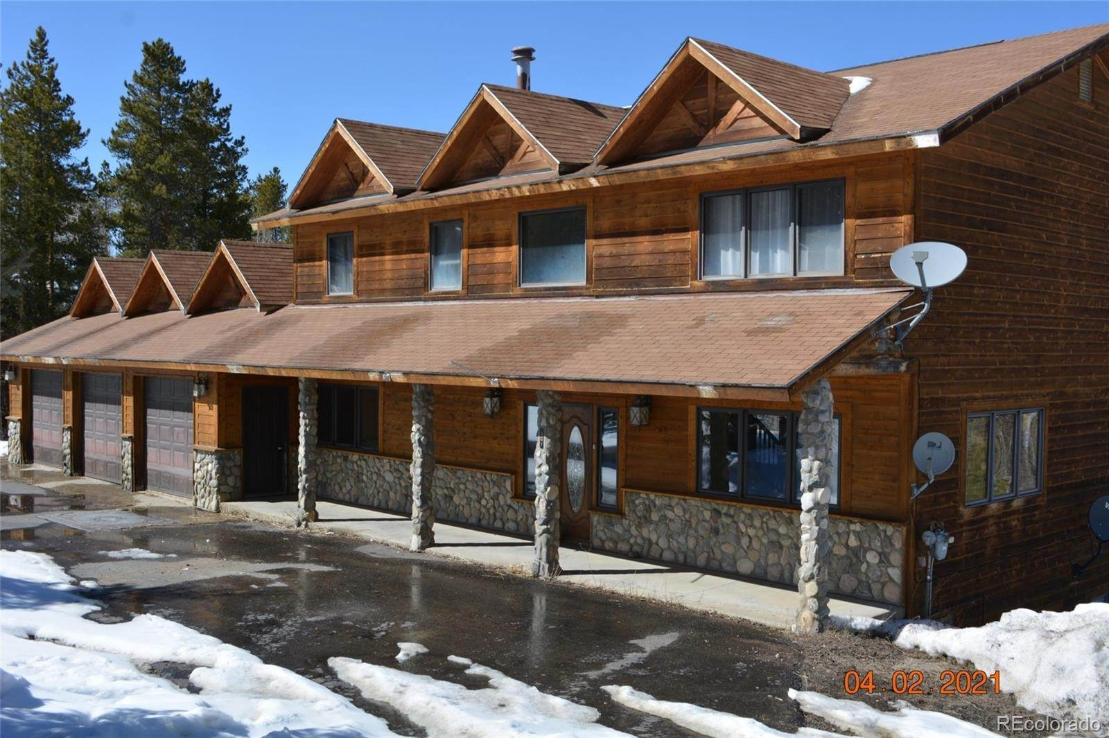 Single Family Homes pour l Vente à 101 County Road 8341 Fraser, Colorado 80442 États-Unis