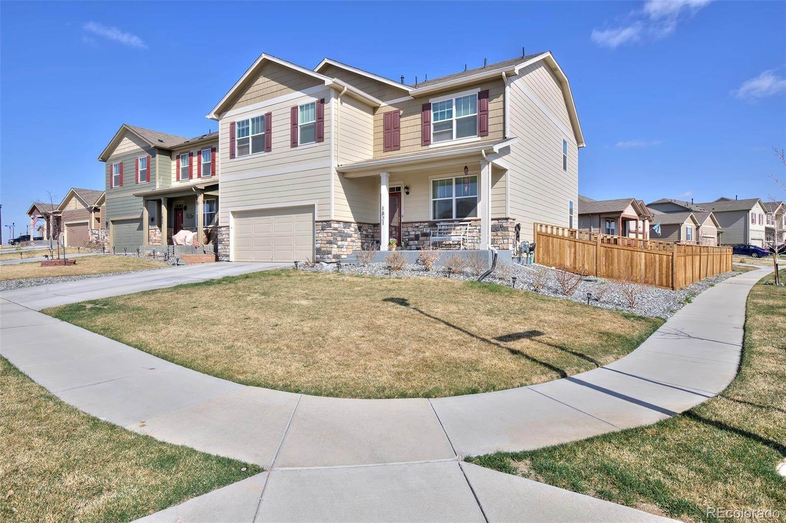 Single Family Homes por un Venta en 1821 Jade Avenue Lochbuie, Colorado 80603 Estados Unidos