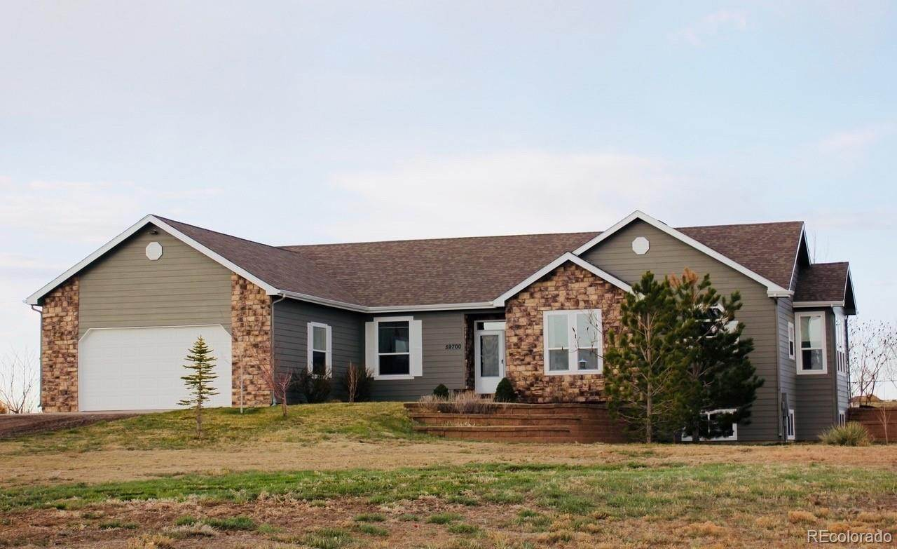 Single Family Homes por un Venta en 59700 E County Road 2 Strasburg, Colorado 80136 Estados Unidos