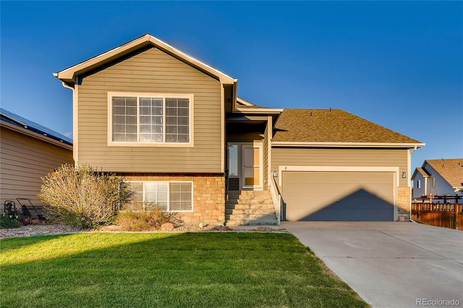 Single Family Homes por un Venta en 628 Cable Street Lochbuie, Colorado 80603 Estados Unidos