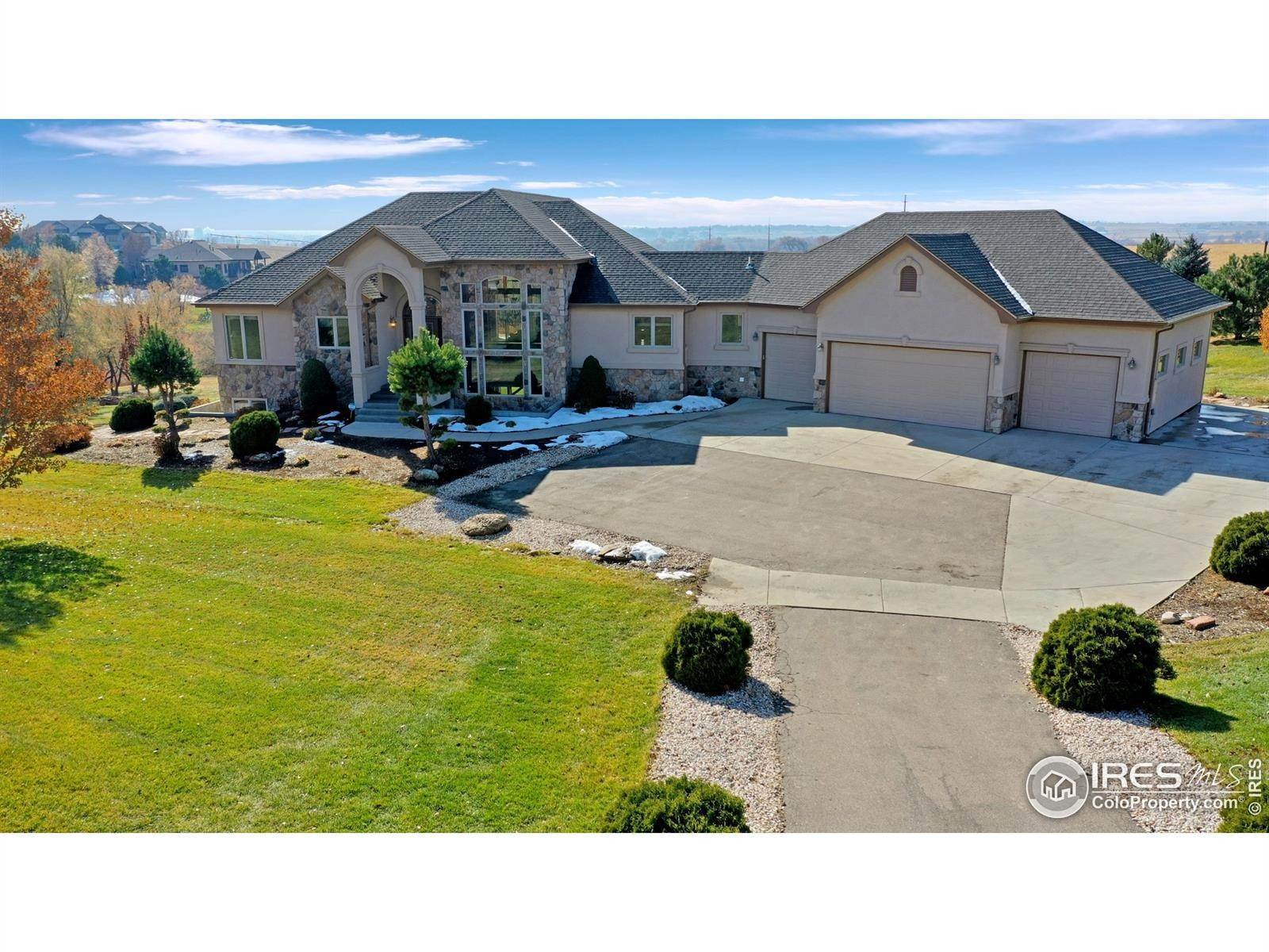 Single Family Homes pour l Vente à 3550 Mill Iron Court Milliken, Colorado 80543 États-Unis