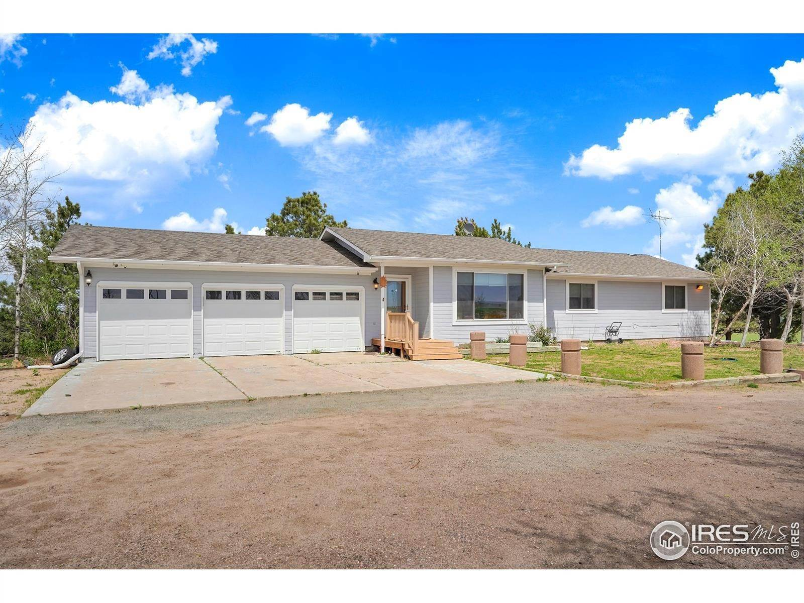 Single Family Homes for Sale at 46376 County Road 53 Bennett, Colorado 80102 United States