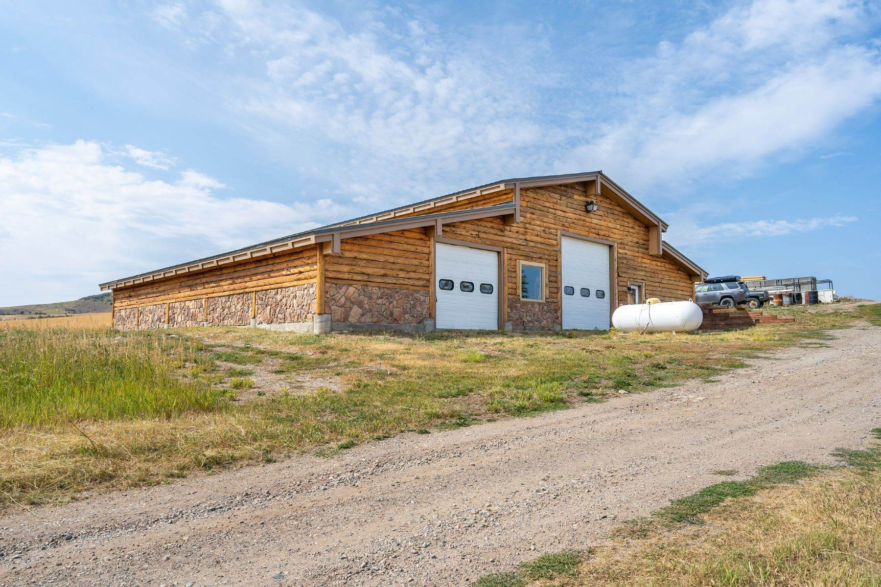 7. Single Family Homes for Sale at 38615 Klein Road Steamboat Springs, Colorado 80487 United States