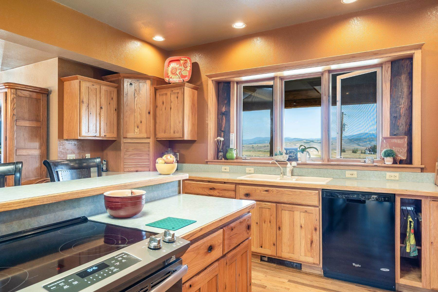 19. Single Family Homes for Sale at 38615 Klein Road Steamboat Springs, Colorado 80487 United States