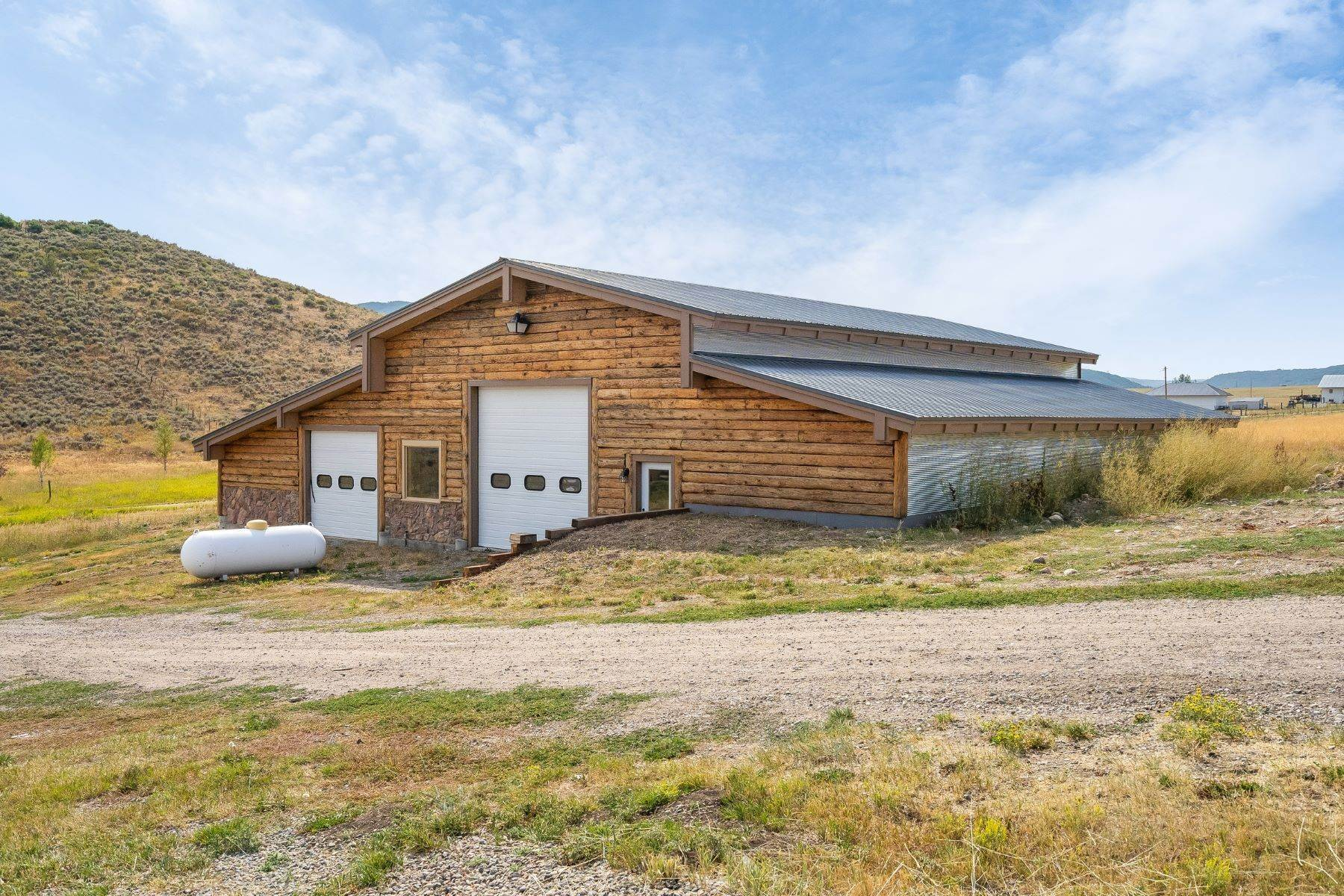 6. Single Family Homes for Sale at 38615 Klein Road Steamboat Springs, Colorado 80487 United States