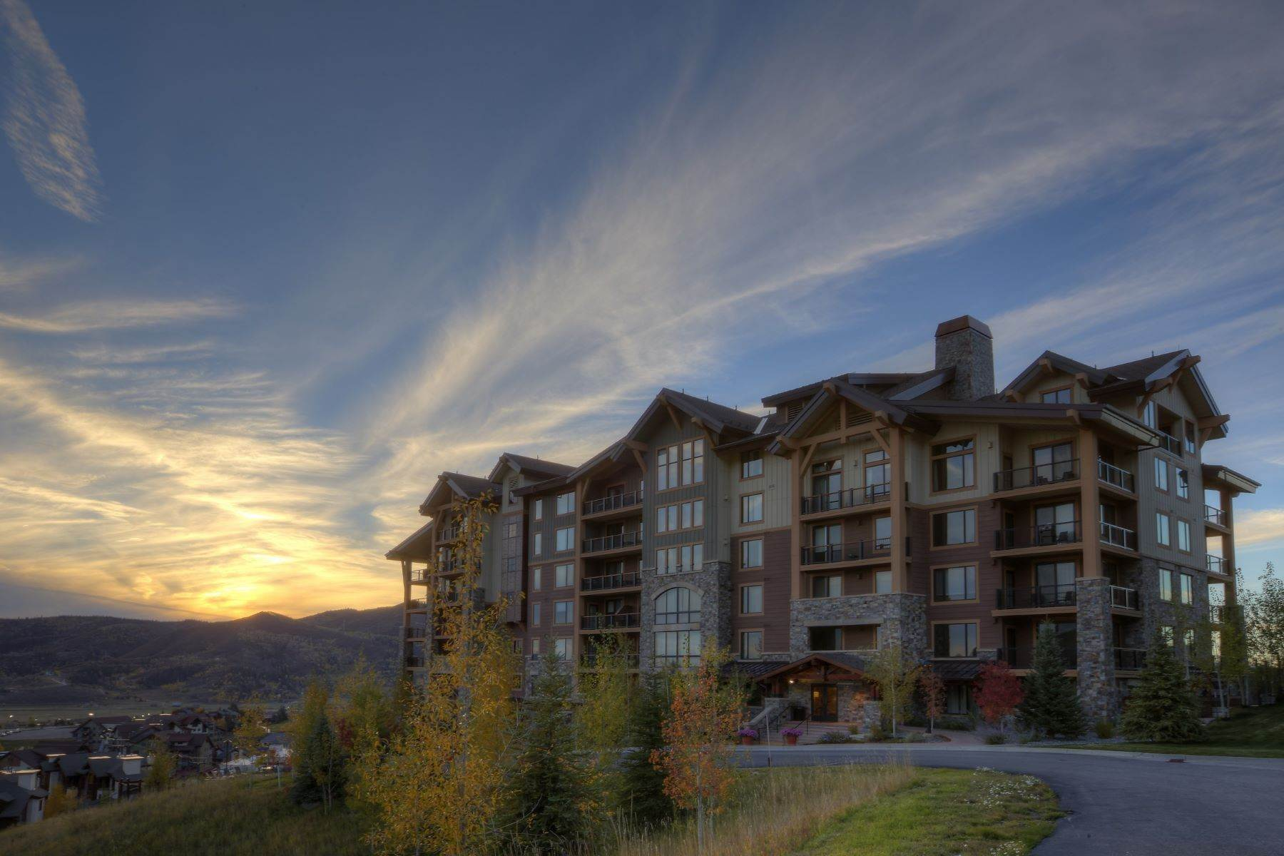 32. Condominiums for Sale at Slopeside Luxury at Edgemont 2410 Ski Trail Lane Unit #2407 Steamboat Springs, Colorado 80487 United States