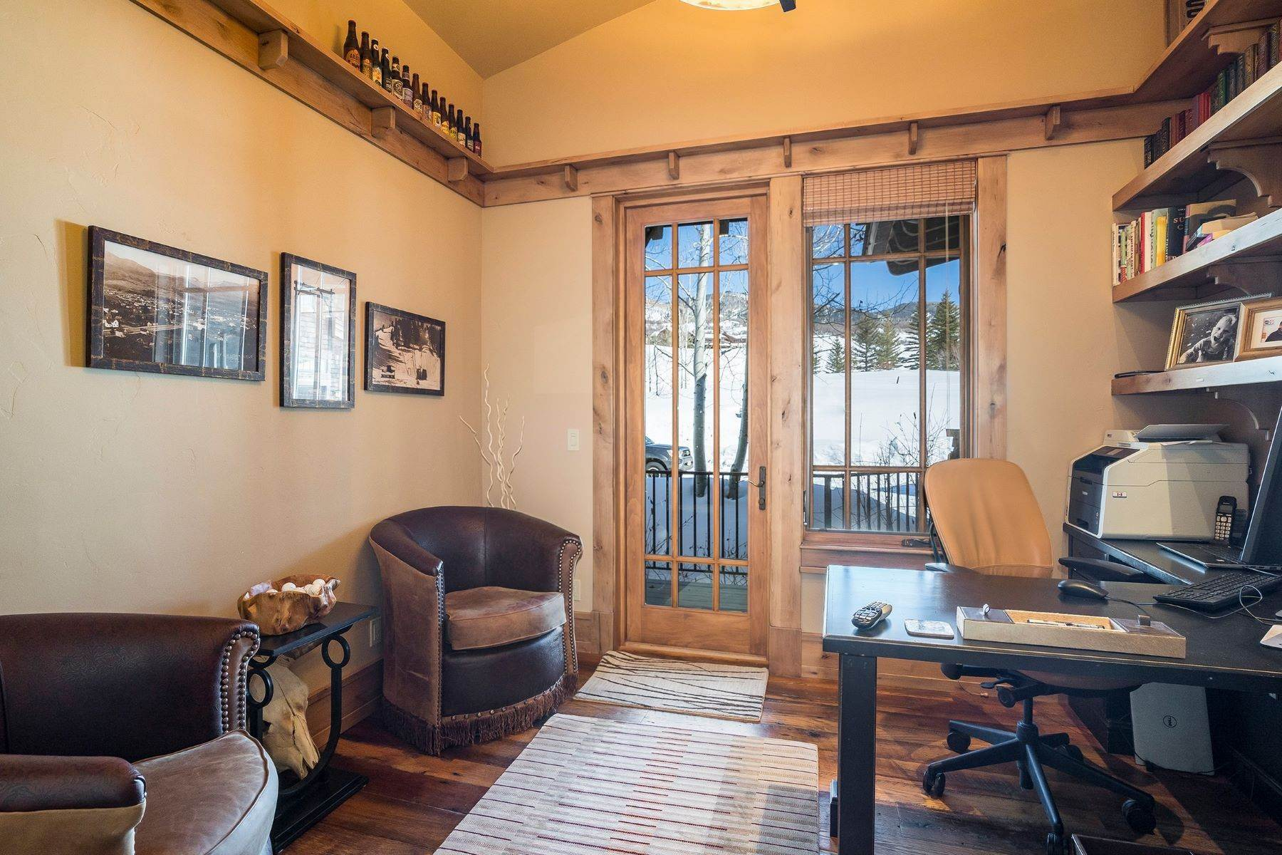36. Single Family Homes for Sale at Beautiful Home at Catamount Ranch 33640 Catamount Drive Steamboat Springs, Colorado 80487 United States