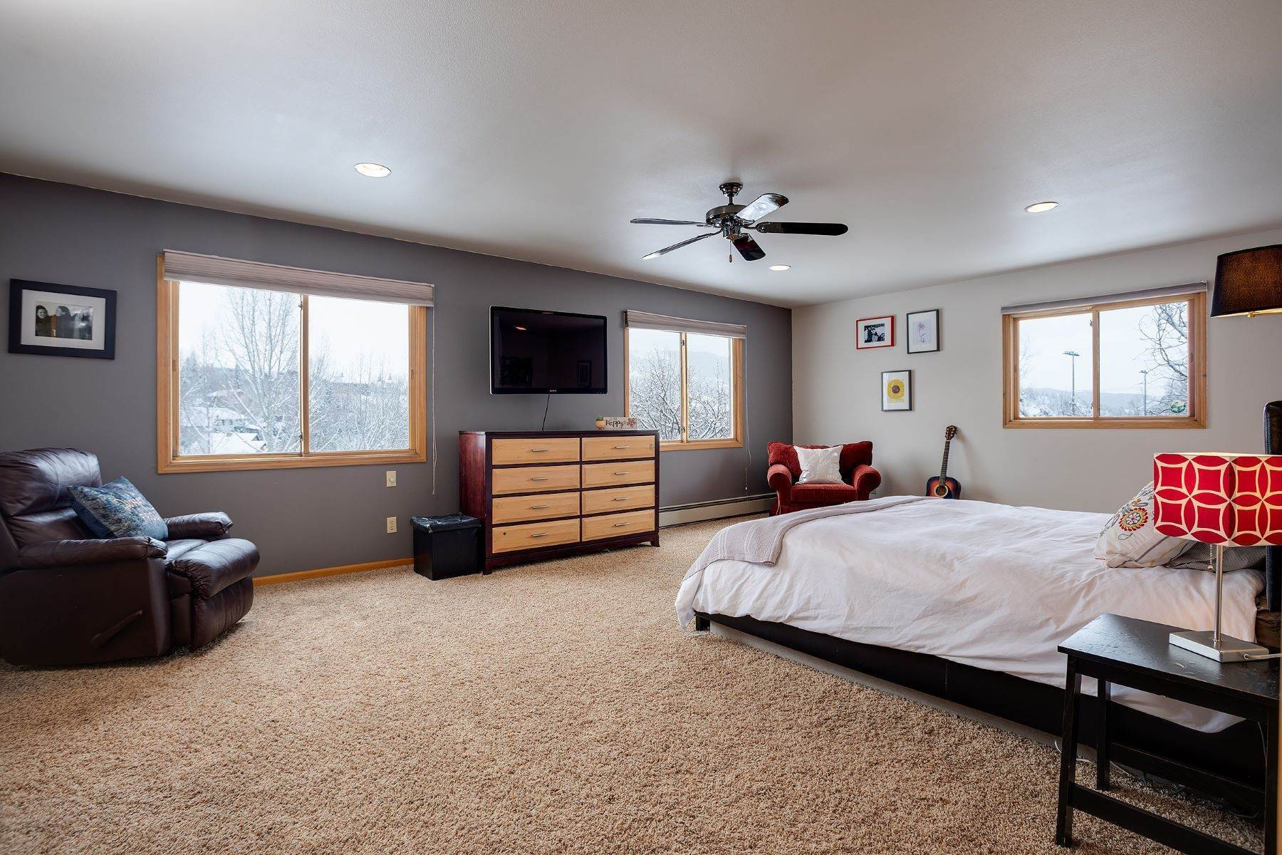 12. Single Family Homes for Sale at Ideal Steamboat Home 74 E Maple Street Steamboat Springs, Colorado 80487 United States