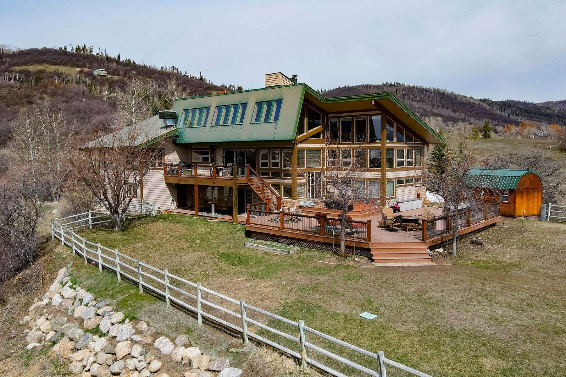 Single Family Homes por un Venta en Country Green Home 34950 Country Green Road Steamboat Springs, Colorado 80487 Estados Unidos