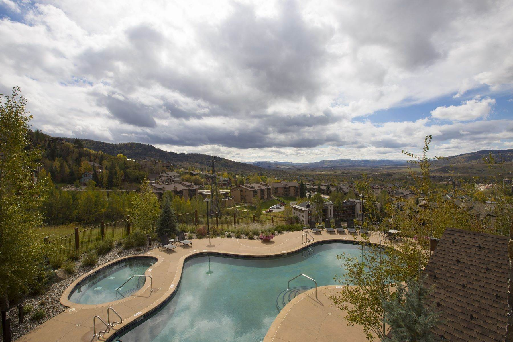 34. Condominiums for Sale at Slopeside Luxury at Edgemont 2410 Ski Trail Lane Unit #2407 Steamboat Springs, Colorado 80487 United States