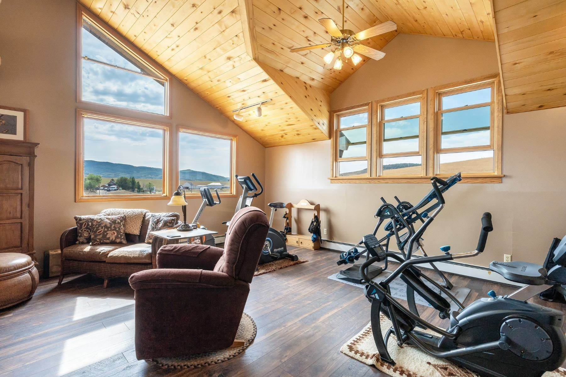 40. Single Family Homes for Sale at 38615 Klein Road Steamboat Springs, Colorado 80487 United States