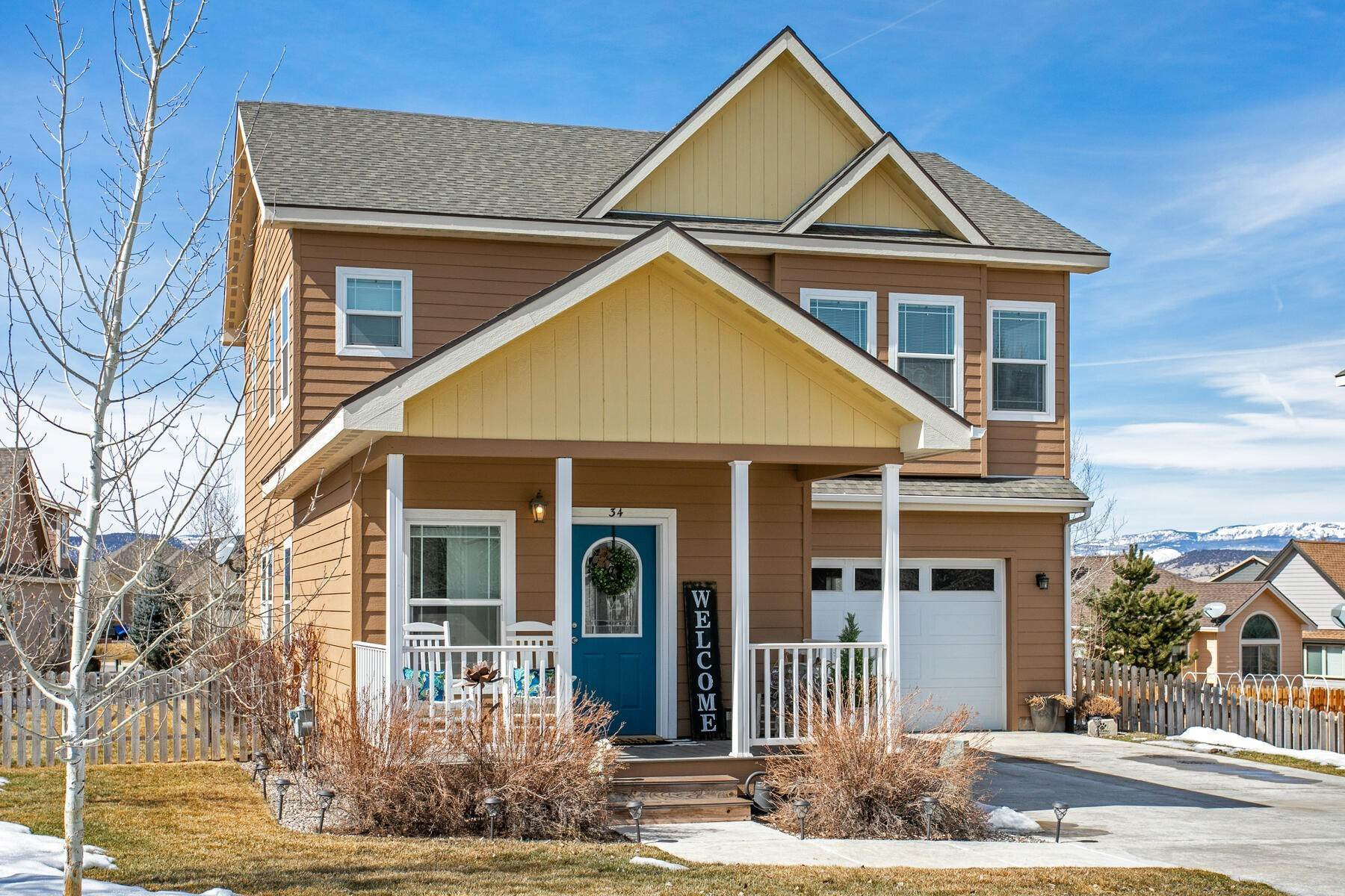 Single Family Homes for Sale at Spacious 3 Bedroom in Buckhorn Valley 34 Maverick Court Gypsum, Colorado 81637 United States