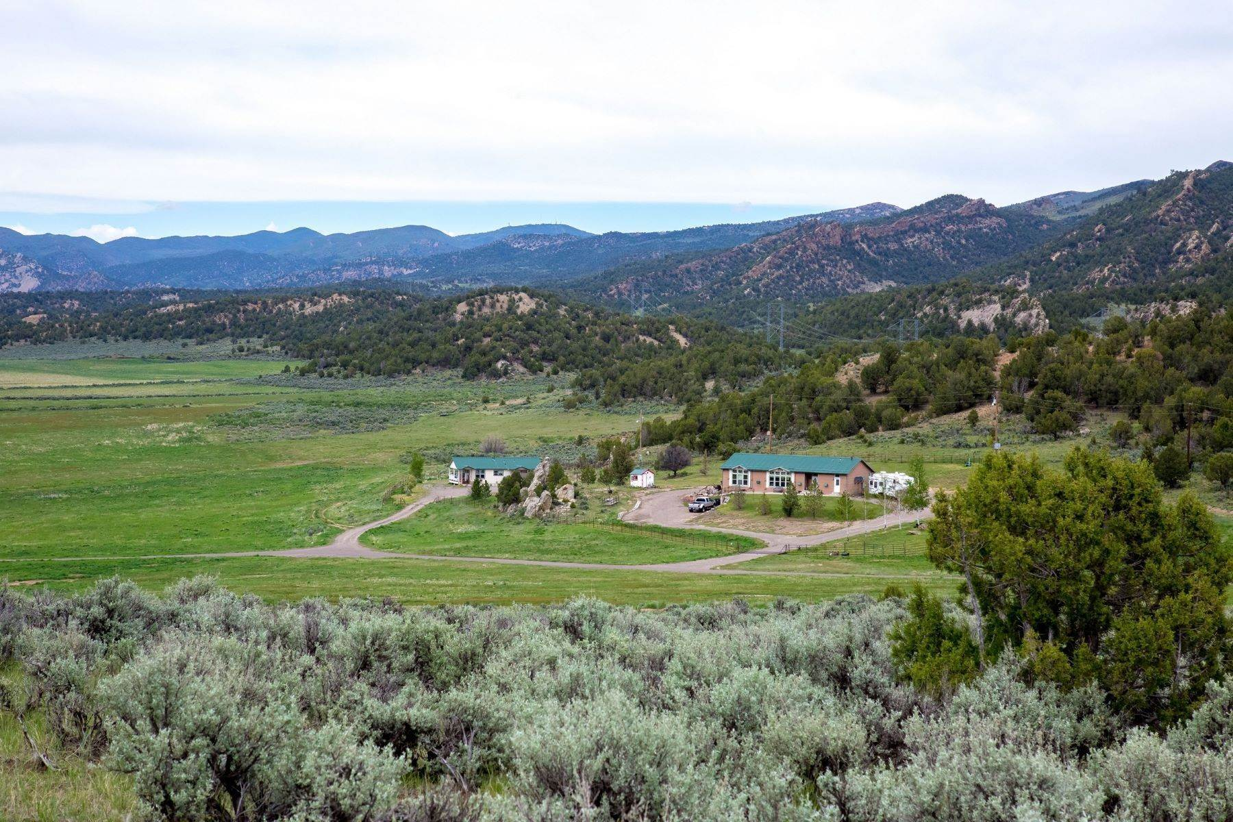 Farm and Ranch Properties 为 销售 在 Ranch West of Meeker 2204 County Road 7 米克, 科罗拉多州 81641 美国