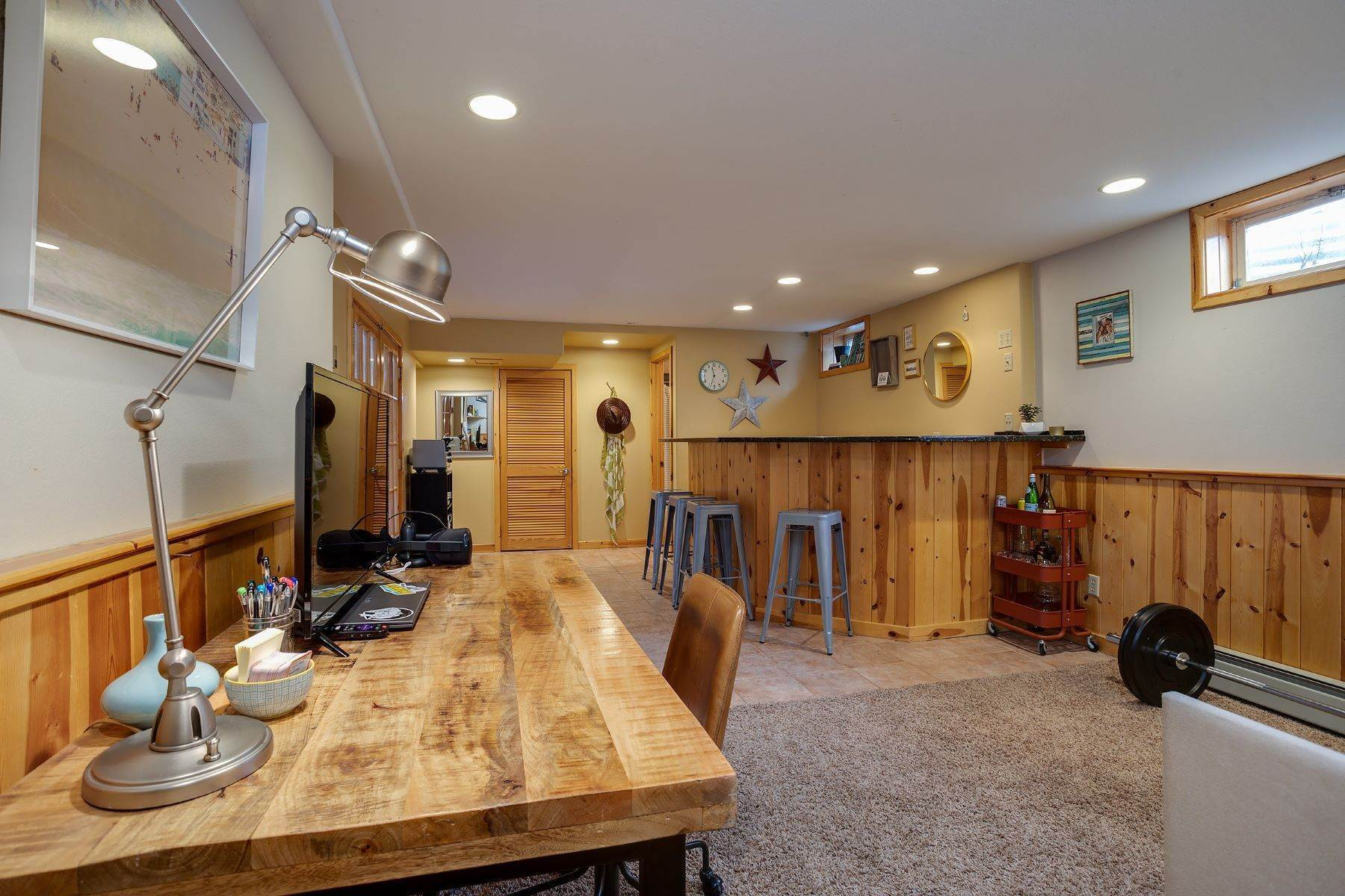20. Single Family Homes for Sale at Ideal Steamboat Home 74 E Maple Street Steamboat Springs, Colorado 80487 United States